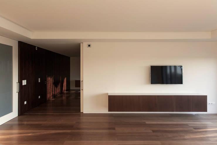 1307hfv: Salas de estar  por Jj Soares arquiteto