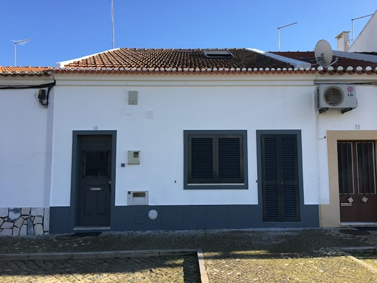 Casa em Benavente: Casas  por QFProjectbuilding, Unipessoal Lda