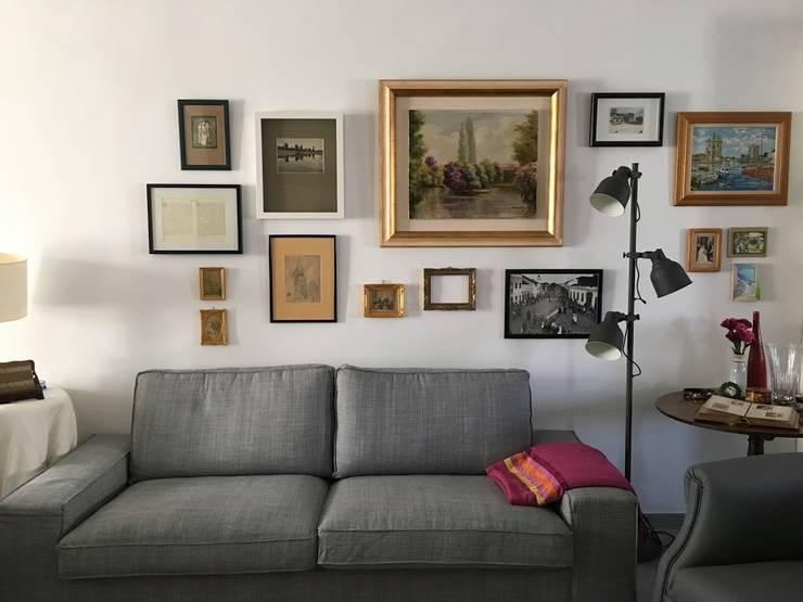 Casa em Benavente: Sala de estar  por QFProjectbuilding, Unipessoal Lda