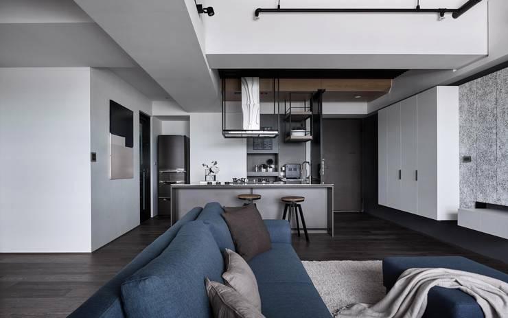 TOUGH   INN:  廚房 by 寬度 空間設計整合