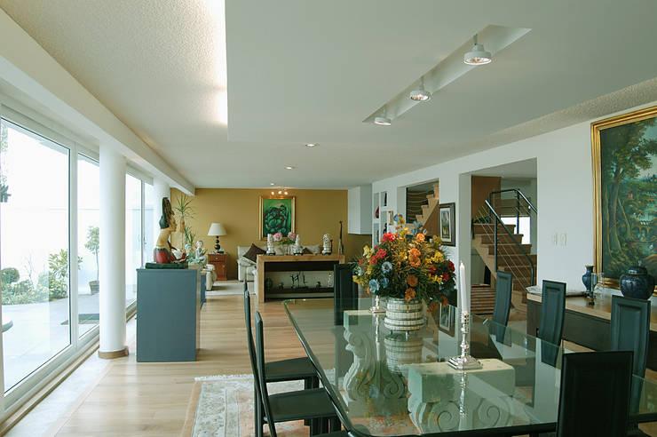 Proyecto Lomas Comedores modernos de Diseño Alternativo Arquitectos Moderno
