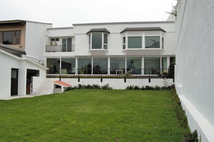 Proyecto Lomas: Casas de estilo  por Diseño Alternativo Arquitectos