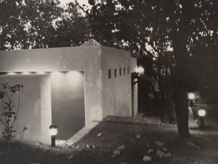 Estudio: Jardines de estilo  por Base-Arquitectura