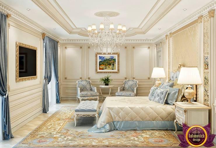 Beautiful bedroom Interior of Katrina Antonovich:  Bedroom by Luxury Antonovich Design