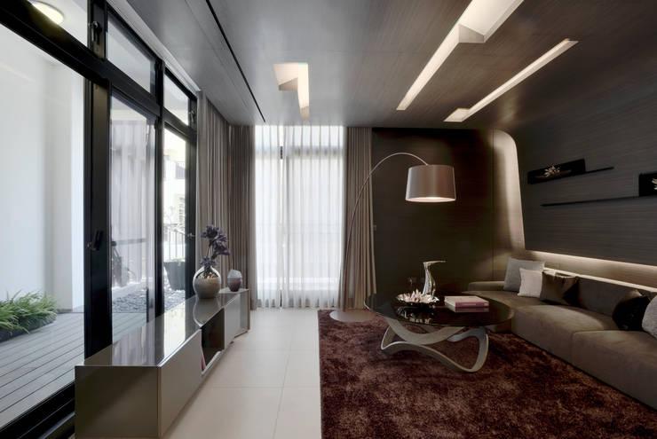 光之器  Sunlight Modulator:   by 行一建築 _ Yuan Architects