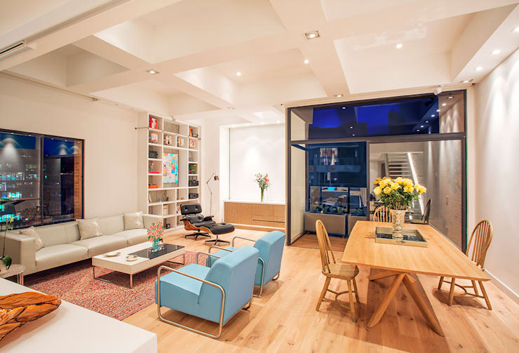 Livings de estilo moderno por Bloque B Arquitectos