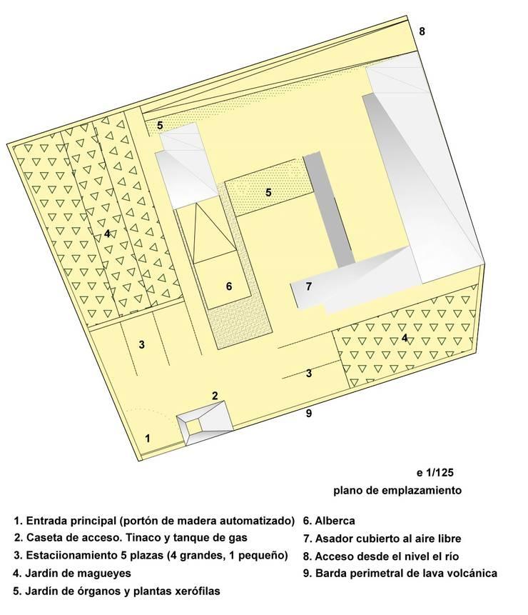 Planta de emplazamiento y cubiertas: Casas de estilo  por jesus rubio arquitectos