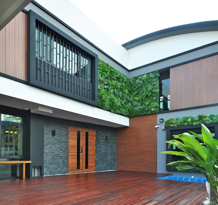 3 Storeys House:   by ark architects