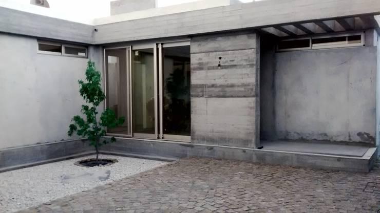 Vivienda Pro.Cre.Ar.: Casas de estilo  por CAB Arquitectura ccab.arquitectura@gmail.com