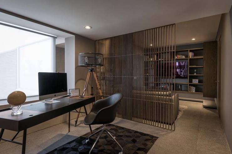 ESTUDIO : Estudios y oficinas de estilo  por hpernett