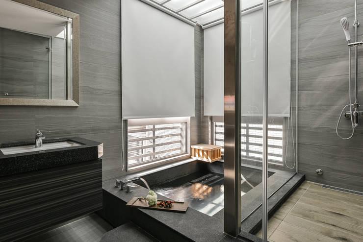 文守私宅:   by 竹村空間 Zhucun Design