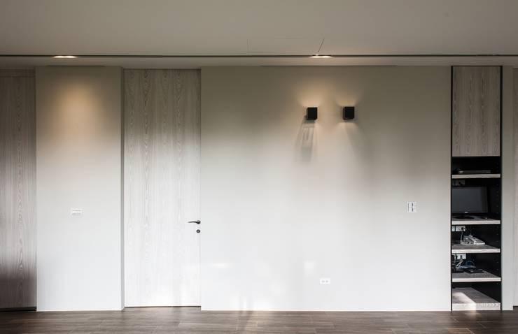 de estilo  por 木皆空間設計
