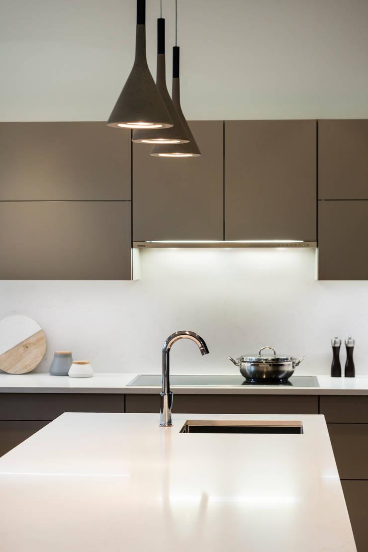 Kitchen:  Kitchen by Alice D'Andrea Design