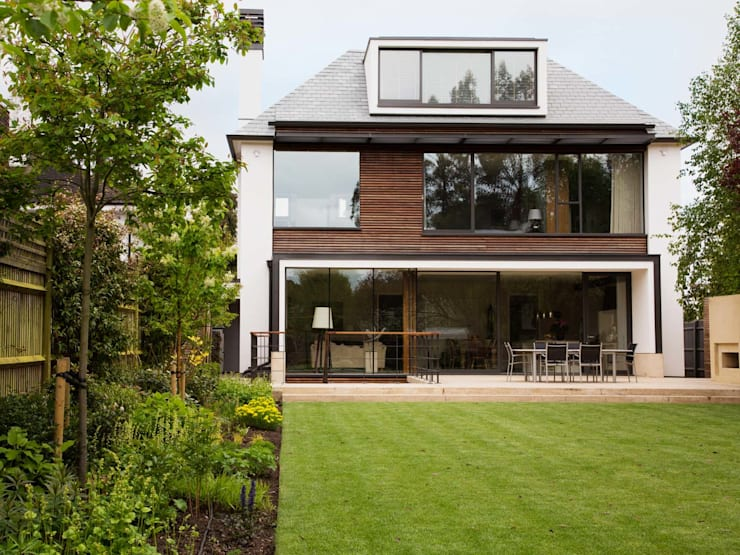 New Build Family Home in Wimbledon:   by Andrew Harper Architects