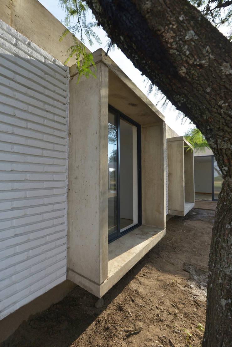 Casa D+S : Casas de estilo  por BSBarqs.,