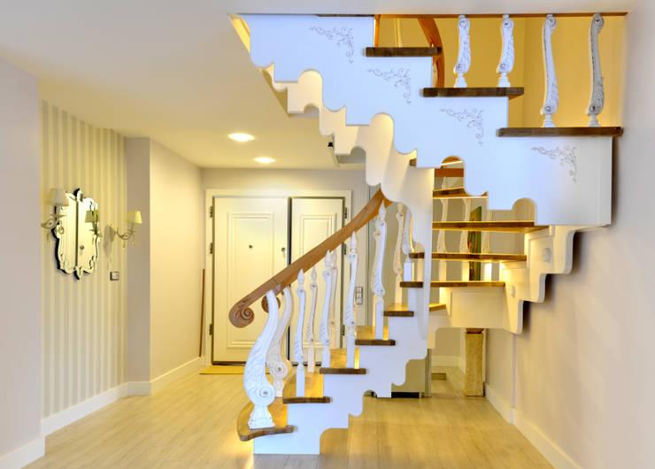 Corridor, hallway & stairs تنفيذ MERDİVENEVİ