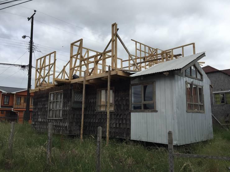 DESARME 2: Casas de estilo  por GerSS Arquitectos