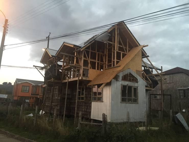 CONSTRUCCIÓN 1: Casas de estilo  por GerSS Arquitectos