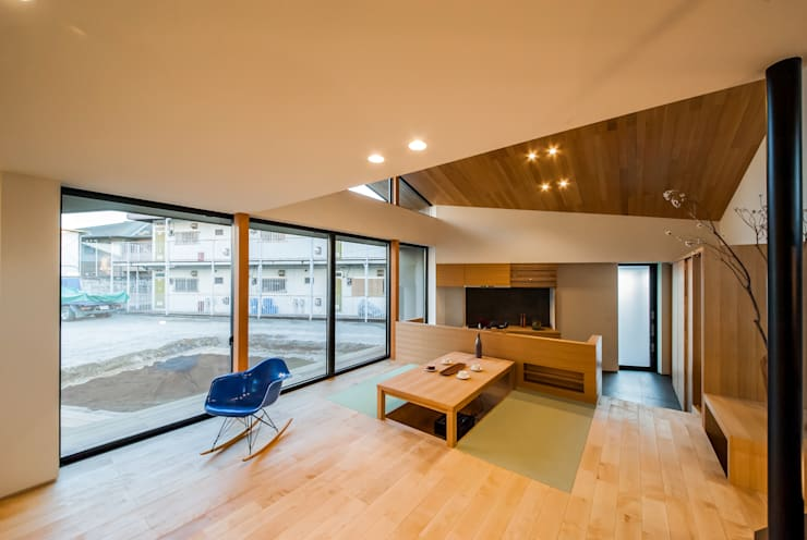 Ruang Keluarga by STaD(株式会社鈴木貴博建築設計事務所)