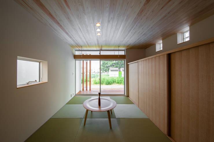 臥室 by STaD(株式会社鈴木貴博建築設計事務所)