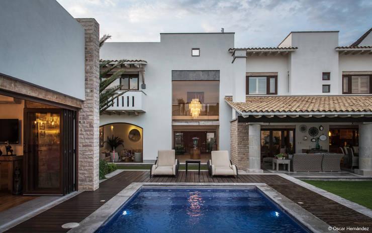 CASA VERGELES / ASPE ARQUITECTOS:  de estilo  por Oscar Hernández - Fotografía de Arquitectura