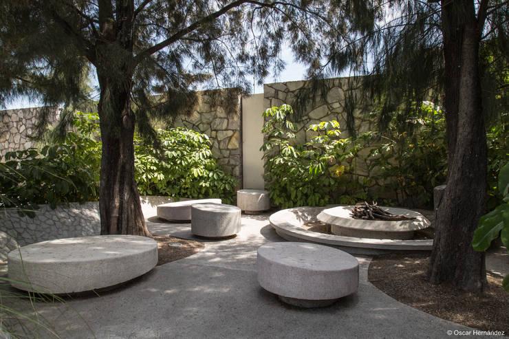 TIERRAVERDE / ADI ARQUITECTURA Y DISEÑO INTERIOR :  de estilo  por Oscar Hernández - Fotografía de Arquitectura