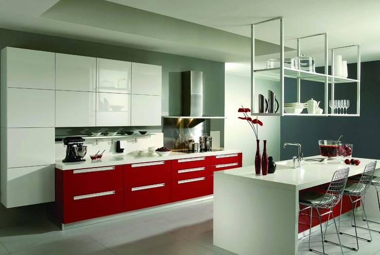Projekty,  Kuchnia zaprojektowane przez REYHAN MUTFAK I BANYO I DEKORASYON