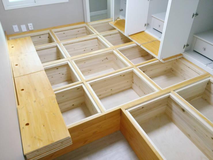 Ruang Ganti by 디자인팩토리9MM