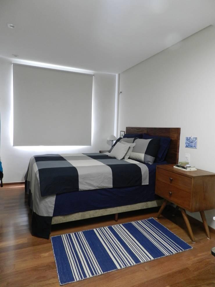 Schlafzimmer von Bruno Sgrillo Arquitetura, Modern