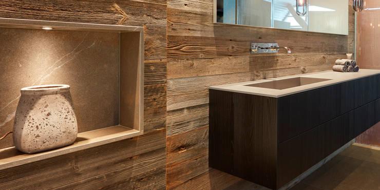 浴室 by HUBER NATURSTEIN bei München