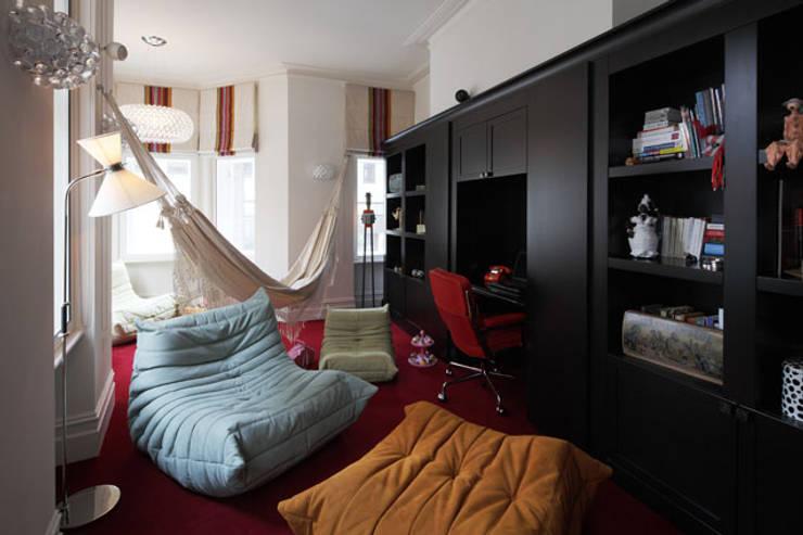 غرفة الملتيميديا تنفيذ MN Design