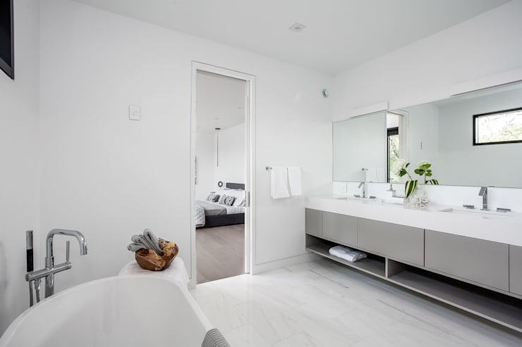 New Build-Staging:  Bathroom by Frahm Interiors