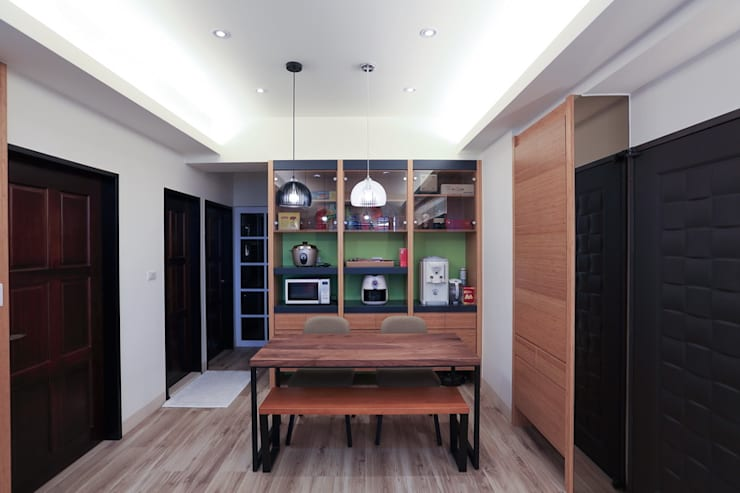 超實用機能宅:  餐廳 by 微自然室內裝修設計有限公司