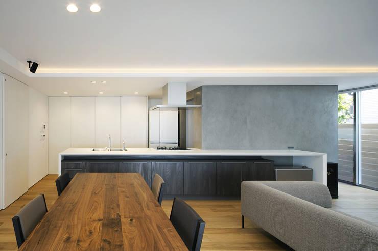 Kitchen by プラスアトリエ一級建築士事務所