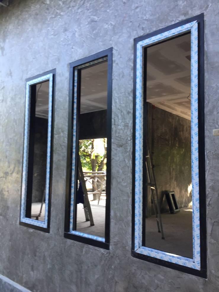ออฟฟิศแนว Loft สไตล์โมเดิร์น :   by Able Build Construction