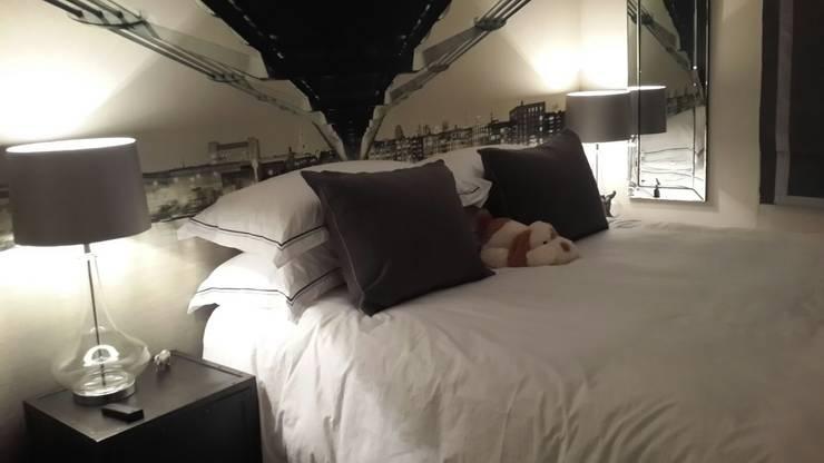 Mount Edgecombe:  Bedroom by Rae Designs