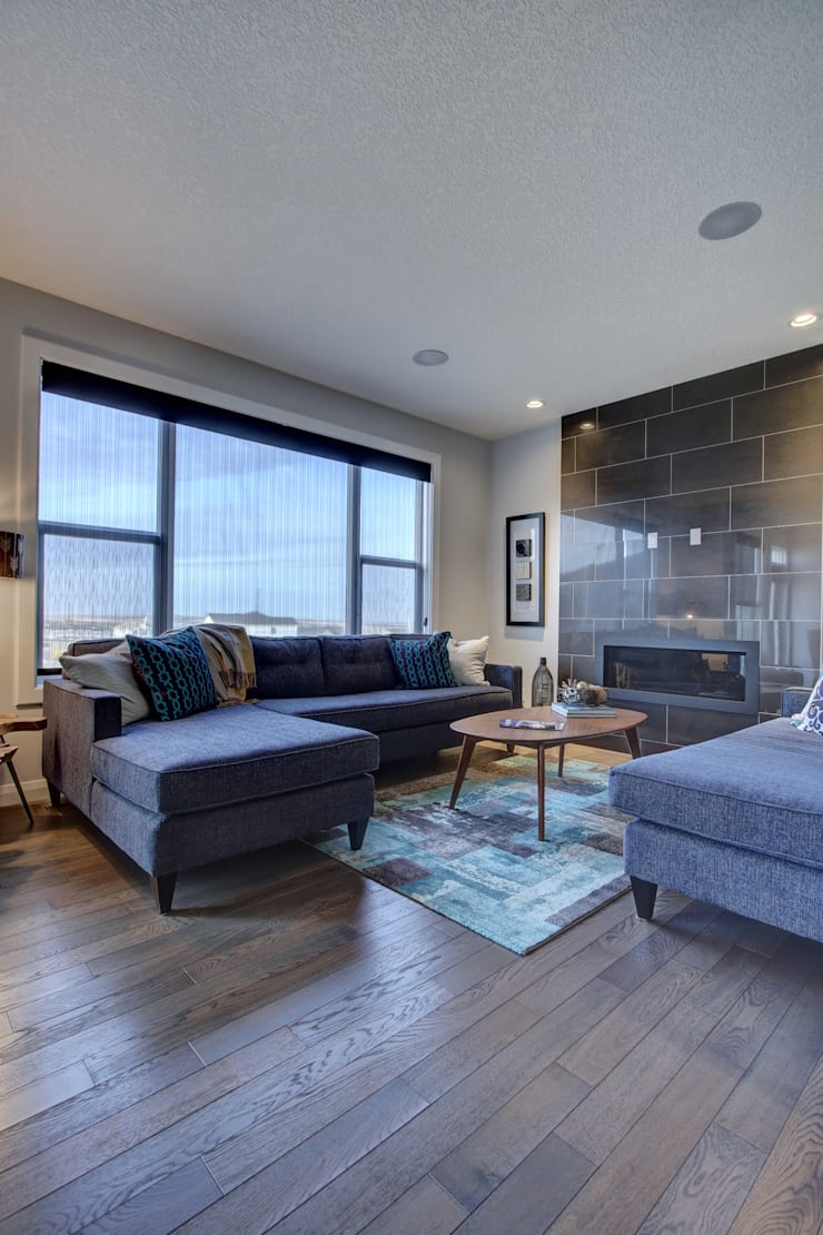 354 Sherwood Blvd: modern Living room by Sonata Design