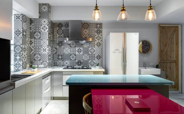 二手屋的小清新旅程:  廚房 by 磨設計