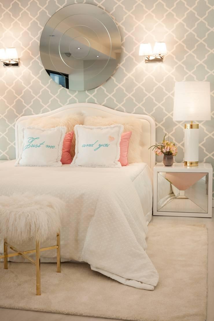 Chambre de style  par Interdesign Interiores