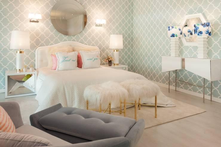 Recámaras de estilo  por Interdesign Interiores