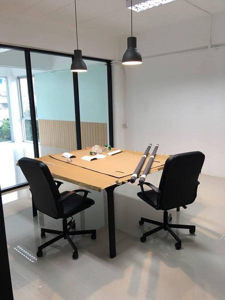 ห้องประชุมเล็ก / ห้องอเนกประสงค์:   by Area42 Property Co.,Ltd.