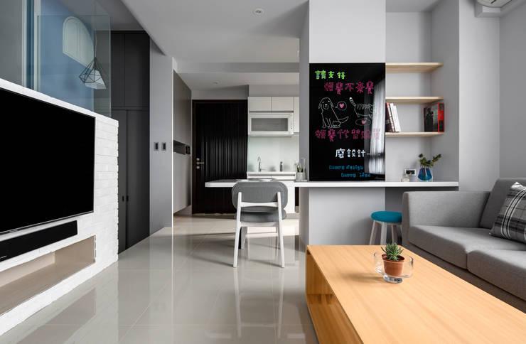 青年99成家專案─美式簡約:  客廳 by 磨設計