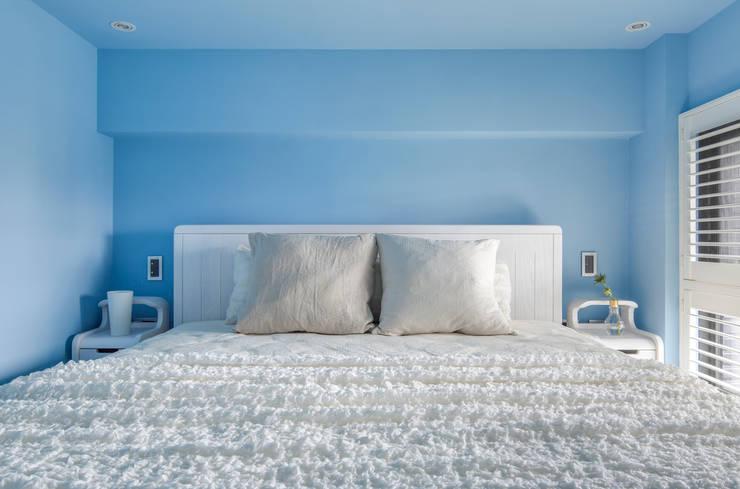 青年99成家專案─美式簡約:  臥室 by 磨設計