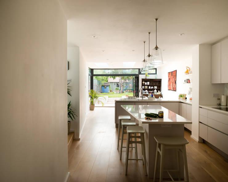 Oxford, 13107ML :  Kitchen by William Green Architects