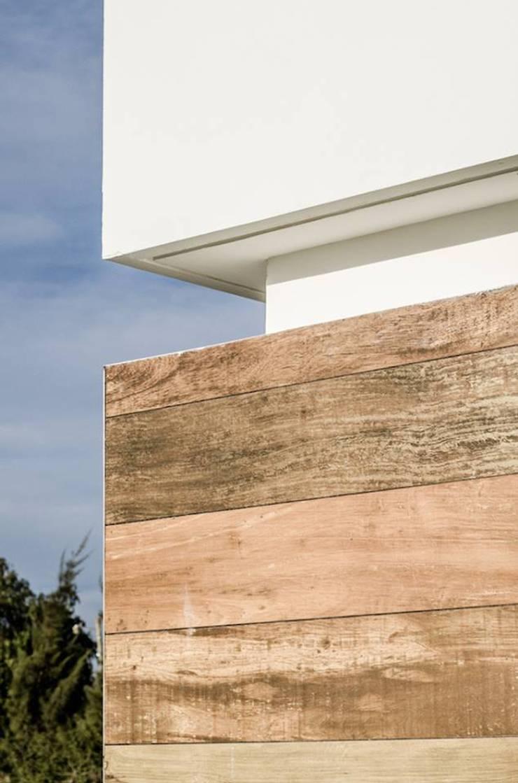 CASA TRN2: Casas de estilo  por ARQUITECTO MAURICIO PIZOLATTO
