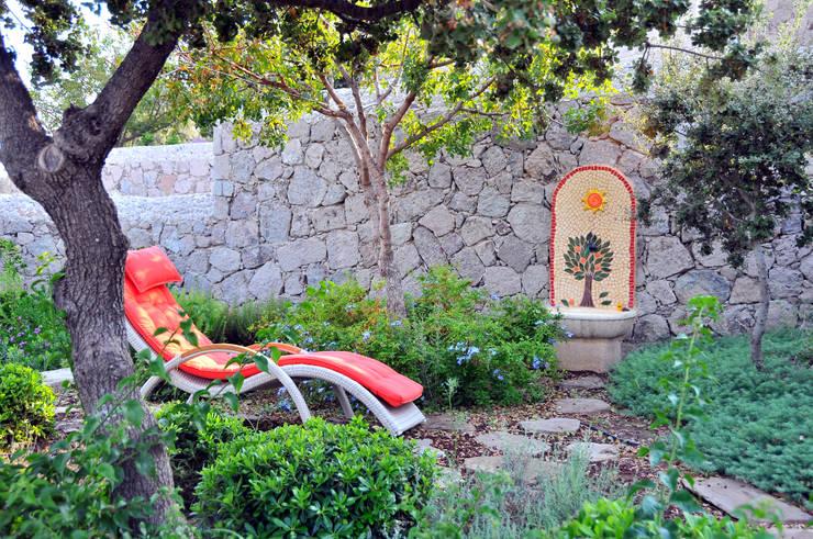Garden by Ebru Erol Mimarlık Atölyesi