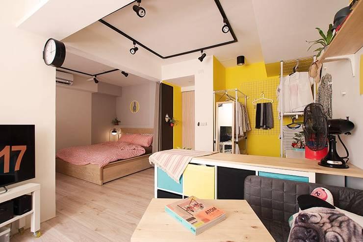 Bedroom by 一葉藍朵設計家飾所 A Lentil Design