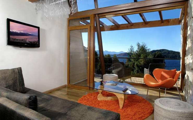 Hotel Rochester: Dormitorios de estilo  por Sidoni&Asoc