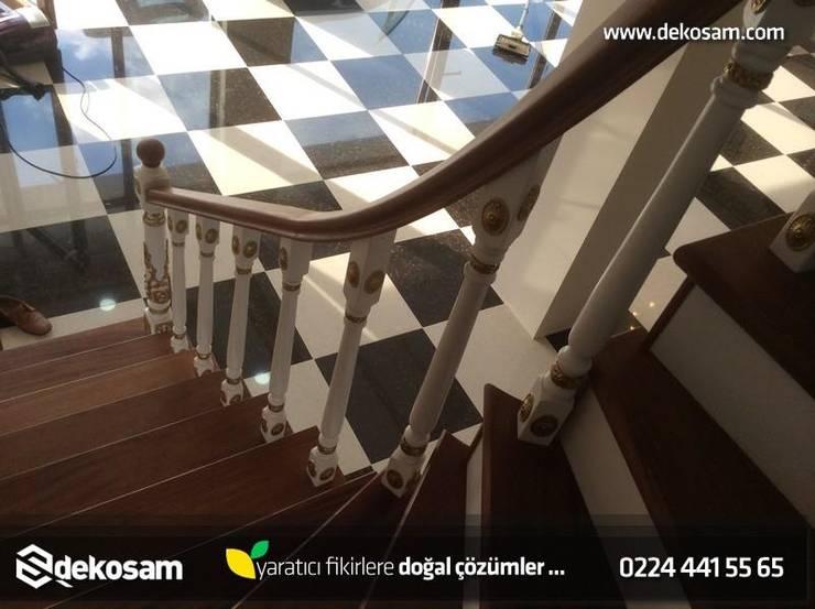 Dekosam – Ahşap Döner Merdiven:  tarz , Rustik