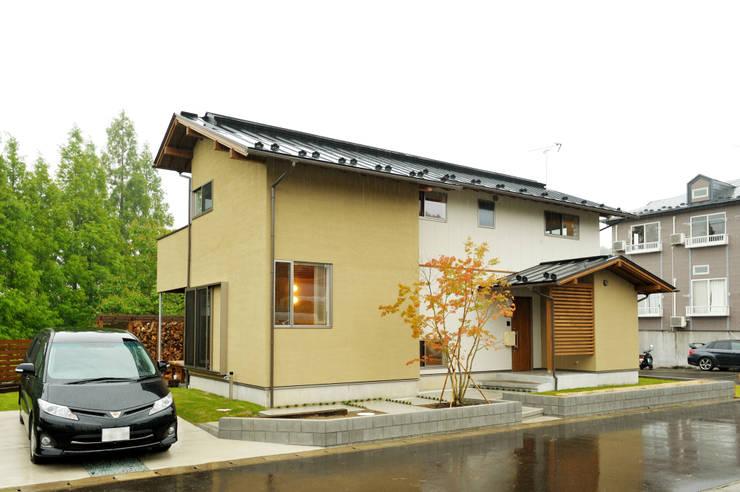 Projekty,  Domy zaprojektowane przez 株式会社 建築工房零